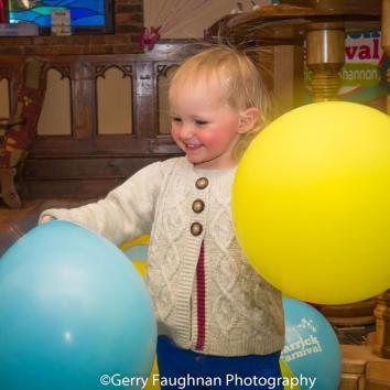 Having fun with baloons